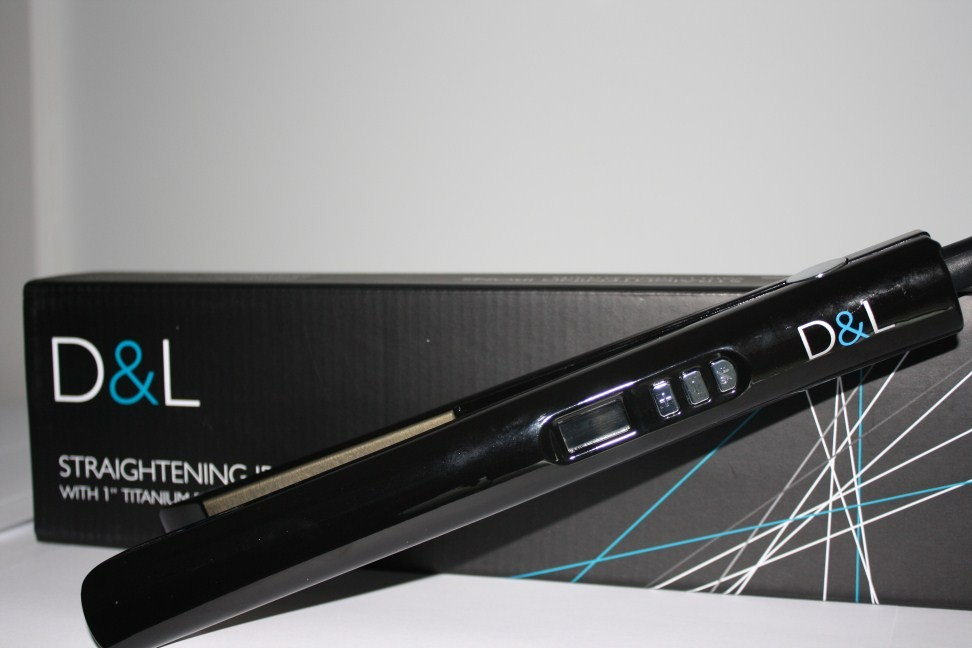 "D&L 1"" Titanium Straightening Irons"